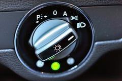 Control de luces del vehículo Imagenes de archivo