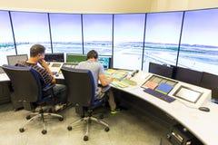 Controlador da autoridade de serviços do tráfico aéreo fotos de stock royalty free