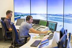 Controlador da autoridade de serviços do tráfico aéreo foto de stock
