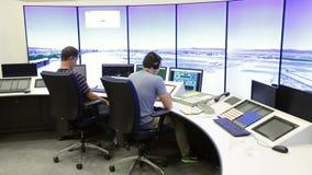 Controlador da autoridade de serviços do tráfico aéreo filme