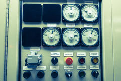 Controle bonde do painel do switchgear, na planta e no processo Fotos de Stock