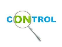 Controle da palavra sob o magnifier isolado Fotografia de Stock