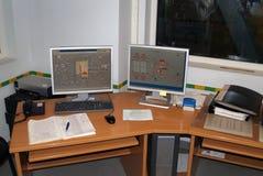 Controle de monitores em centrais elétricas Fotografia de Stock