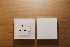 Controle do interruptor de Moderm na sala de hotel imagens de stock