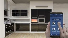 Controle dos aparelhos eletrodomésticos da sala da cozinha na aplicação móvel, telefone esperto, eficiência de poupança de energi