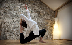 Controle e ioga do corpo Foto de Stock Royalty Free