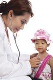 Controle médico da criança Fotos de Stock Royalty Free
