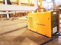 Controler för inverterarsvetsningmaskiner, industriell elektricitetsinver arkivbilder