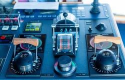 Controles de Azipod em um navio de cruzeiros imagem de stock royalty free