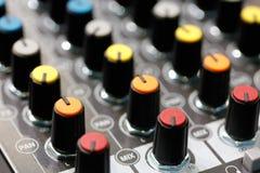 Controles del mezclador de sonidos Fotografía de archivo libre de regalías