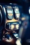 Controles do guiador da motocicleta que incluem a volta Fotografia de Stock Royalty Free