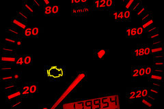 Controlli l'indicatore luminoso del motore Immagini Stock Libere da Diritti