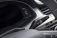 Controllo dei tergicristalli dell'automobile Immagine Stock