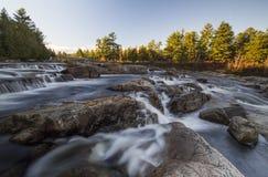 Controllo di qualità di Rawdon Falls Fotografie Stock