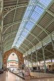 Contruction en acier du hall du marché de deux points de Mercado à Valence Photos libres de droits