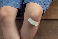 Contusione sulla gamba immagine stock libera da diritti