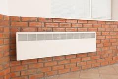 Convecteur moderne de chauffage photos stock