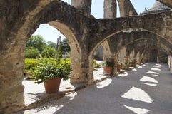 Convento в полете Сан-Хосе, Сан Антонио, Техас, США стоковое фото rf