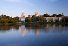 Convento di Novodevichy al tramonto Immagini Stock Libere da Diritti