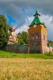 Convento di Puhtitsa. L'Estonia Fotografie Stock