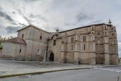 Convento di San Pablo nella città medievale di Peñafiel fotografia stock