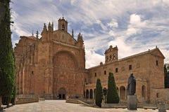Conventoen de San Esteban är en dominikansk kloster som placeras i plazaen del Concilio de Trento i staden av Salamanca Spanien royaltyfri foto