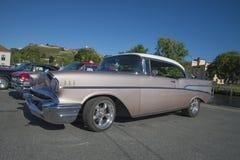 Conversível de capota dura 1957 da porta de Chevrolet Bel Air 2 Imagem de Stock