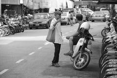 Conversa da rua em Penang Foto de Stock Royalty Free