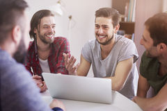 Conversa dos homens Fotografia de Stock