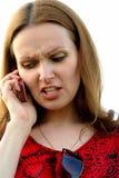 Conversación enojada por el teléfono móvil Fotografía de archivo libre de regalías