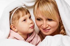 Conversation de fille de mère Image libre de droits