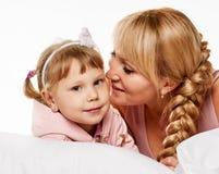 Conversation de fille de mère Photographie stock libre de droits