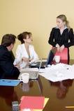 Conversation de salle de réunion Photos stock