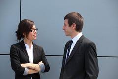 Conversazione di distensione di affari Immagine Stock