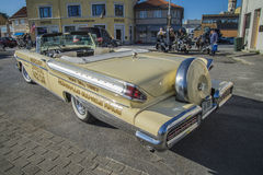1957 Convertibel Mercury Turnpike Cruiser Pace Car Royalty-vrije Stock Afbeeldingen