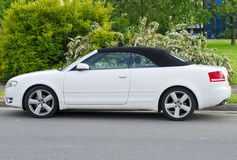 convertibile πολυτέλεια αυτοκινή&t Στοκ εικόνες με δικαίωμα ελεύθερης χρήσης