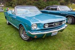 Convertible 1965 del mustango 289 de Ford Imagenes de archivo