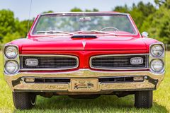 Convertible 1966 da tempestade de Pontiac Imagens de Stock