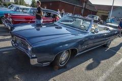 Convertible 1976 de Cadillac Eldorado quatre-vingt-dix-huit Photo libre de droits
