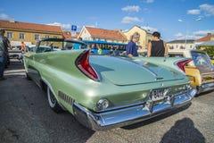Convertible 1960 de porte du Newyorkais 2 de Chrysler Image libre de droits