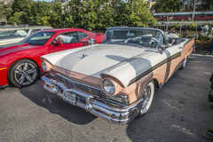 1957 convertible du fairlane 500 de gué Photo stock