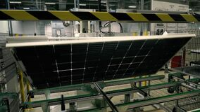 Conveyor for the manufacture of solar cells.