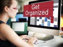 Convinca la gestione organizzata ad installare il concetto di piano dell'organizzazione fotografia stock