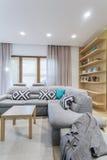 Convite de canto da sala de estar confortável para ter uma sesta Fotos de Stock Royalty Free
