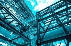 Convogliando ed attrezzatura in centrale elettrica del ciclo dell'associazione Fotografie Stock
