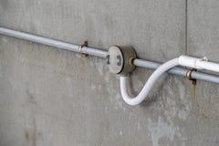 Convoglio del condotto e del fondo di serie del sistema di cavo PVC fotografia stock libera da diritti
