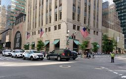 Convoi de NYPD, 5ème avenue, New York City, NYC, NY, Etats-Unis Photographie stock