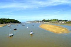 风景河Conwy在北部威尔士 免版税库存照片