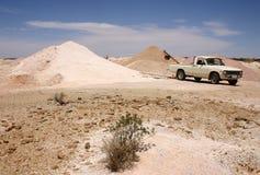 Coober Pedy - Mijnbouw Stock Afbeeldingen