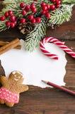 Coockies и украшение рождества человека пряника стоковая фотография